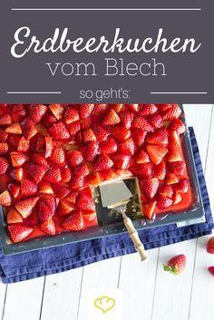 sommer im viereck erdbeer becherkuchen vom blech rezept backen kuchen erdbeerkuchen und. Black Bedroom Furniture Sets. Home Design Ideas