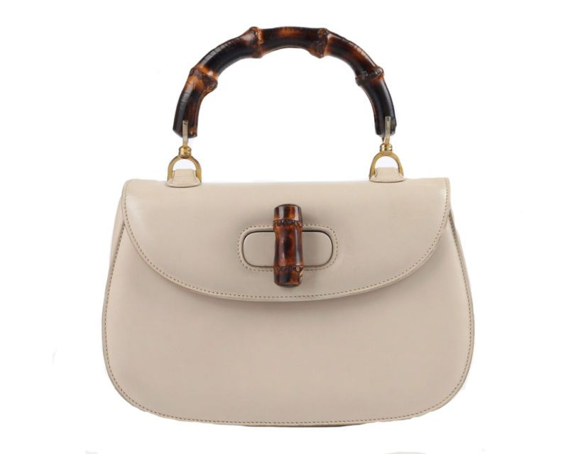 b104731352 8 Timeless Vintage Handbags To Invest In