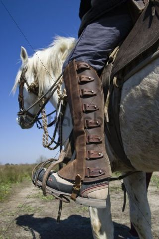 a7ab6fda6f2 Riding boots of the Camargue Guardian (Cow-boy)