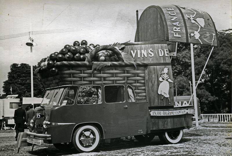Tour De France Caravans Panel Truck Tour De France