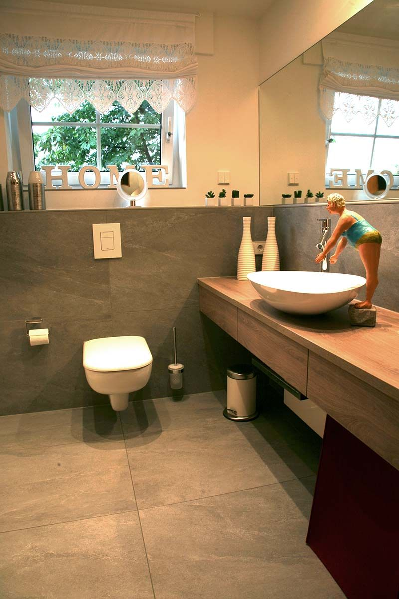 Badezimmer Badezimmer Badezimmer Gaste Wc Und Graue Fliesen