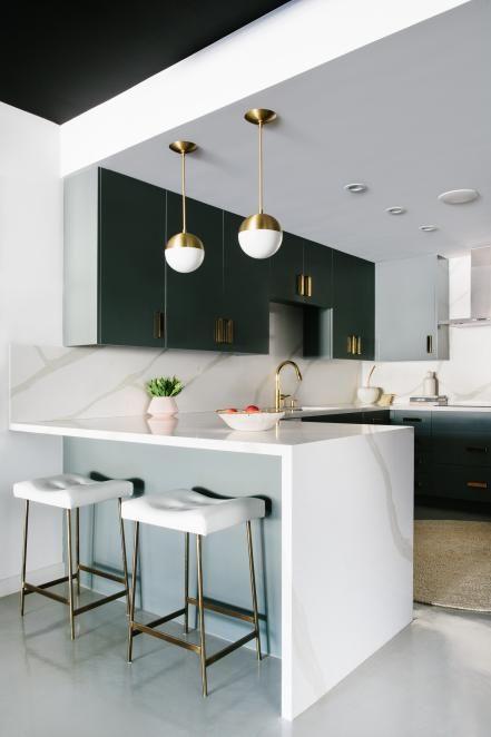 Rich Fabrics Patinaed Metals And Old World Luxury Define This Heirloom Trend Centered On A Mi Modern Kitchen Design Home Decor Kitchen Interior Design Kitchen