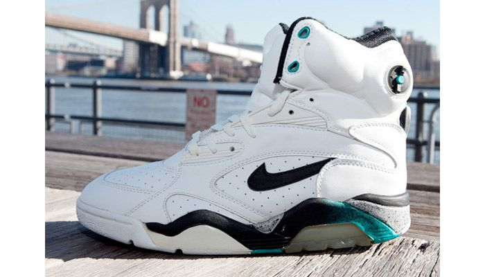 Signature Sneakers We Want To Retro This Year - Nike Air Force 180 Pump