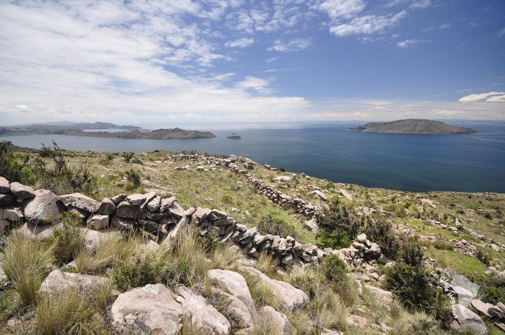 Le lac titicaca loin de la foule, la péninsule de Capachica