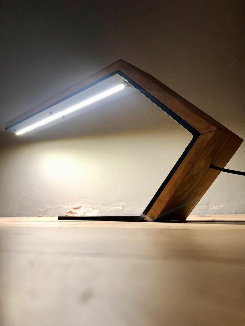 Lampe De Lecture Bureau In 2020 Wood Desk Lamp Desk Lamp Diy Lamp Inspiration