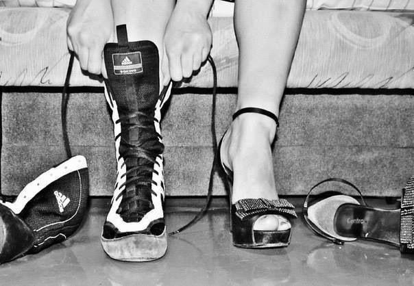Boxing girl, Women boxing