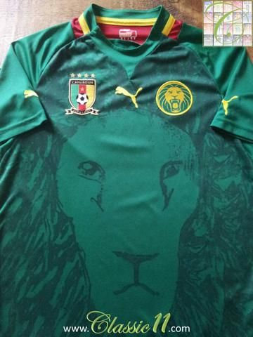 53222d0cd Relive Cameroon s 2012 2013 international season with this original Puma  home football shirt.