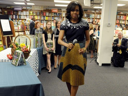 First Lady Signs And Sells White House Garden Book First Lady