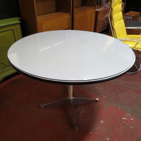 SOLD 395 vintage mid century modern Herman Miller round pedestal