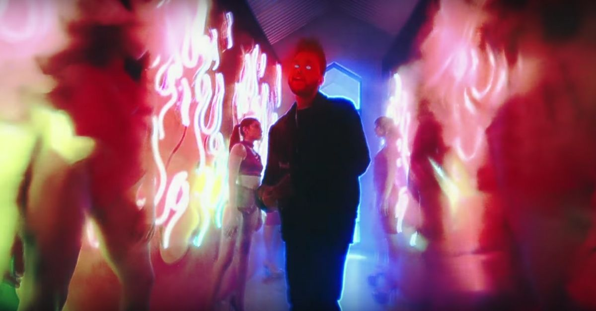 The Weeknd - Party Monster - Neon Demons - https://www.musikblog.de/2017/01/the-weeknd-party-monster-neon-demons/ #TheWeeknd
