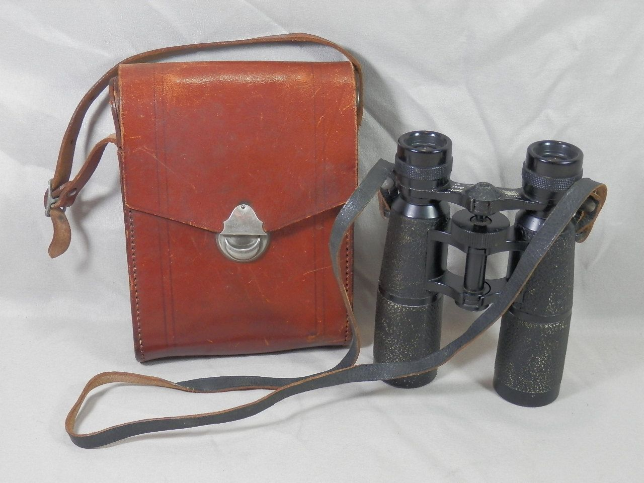 Vintage Hensoldt Wetzlar Sport Dialyt 8x30 Binoculars Leather Case 354727 GERMAN by CaymanHillDesigns on Etsy