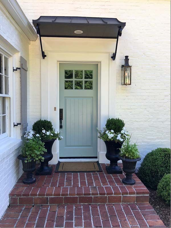 Front Door Lighting Tips