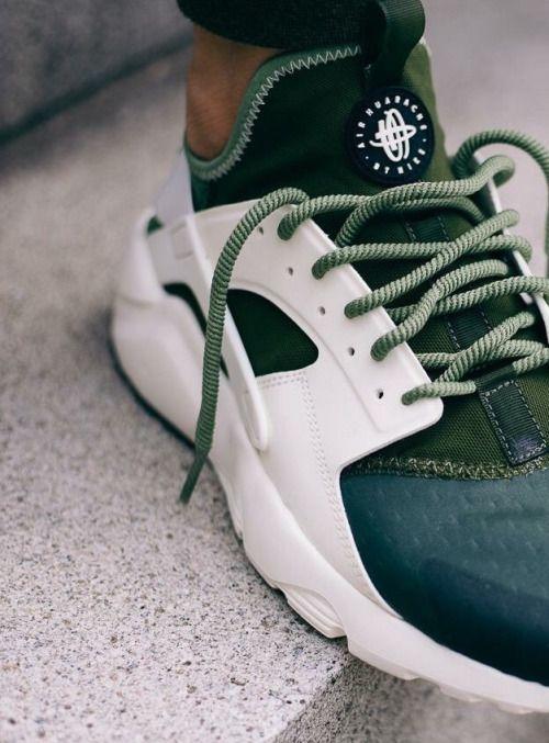 b743b8e653 Nike Air Huaraches Run Ultra SE Palm' #sneakers #sneakernews #StreetStyle  #Kicks #adidas #nike #vans #newbalance #puma #ADIDAS #ASICS #CONVERSE  #DIADORA ...