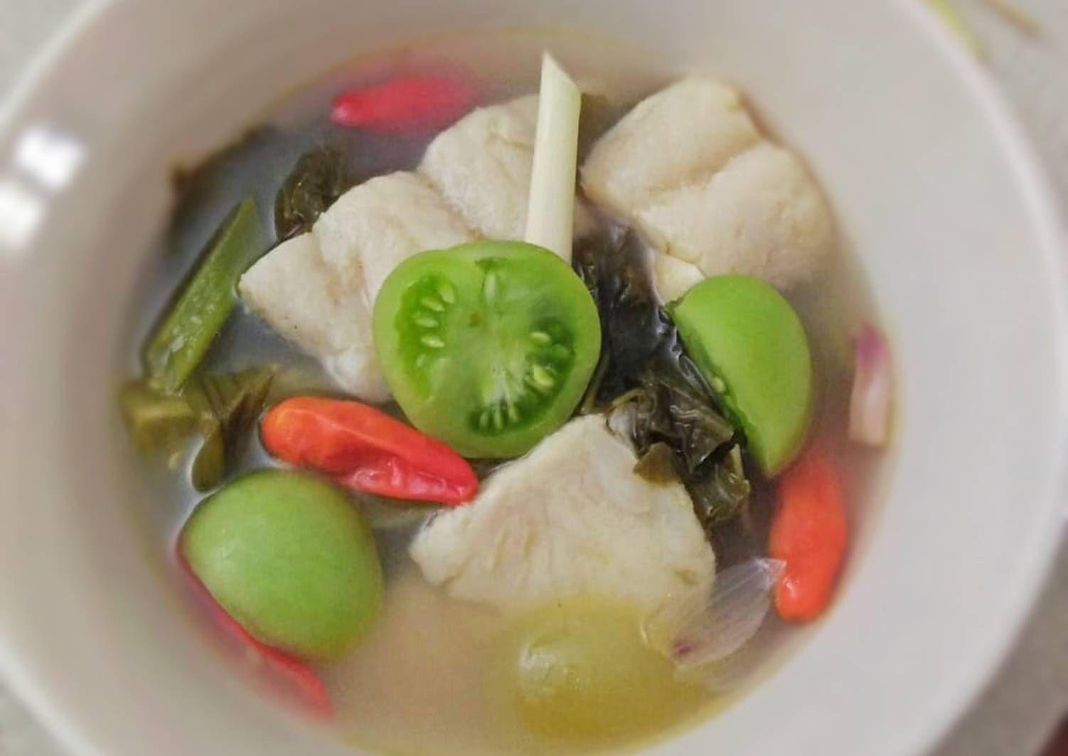 Resep Sop Ikan Dory Cemplang Cemplung Oleh Pitraratri Resep Sup Ikan Sup Resep Sup