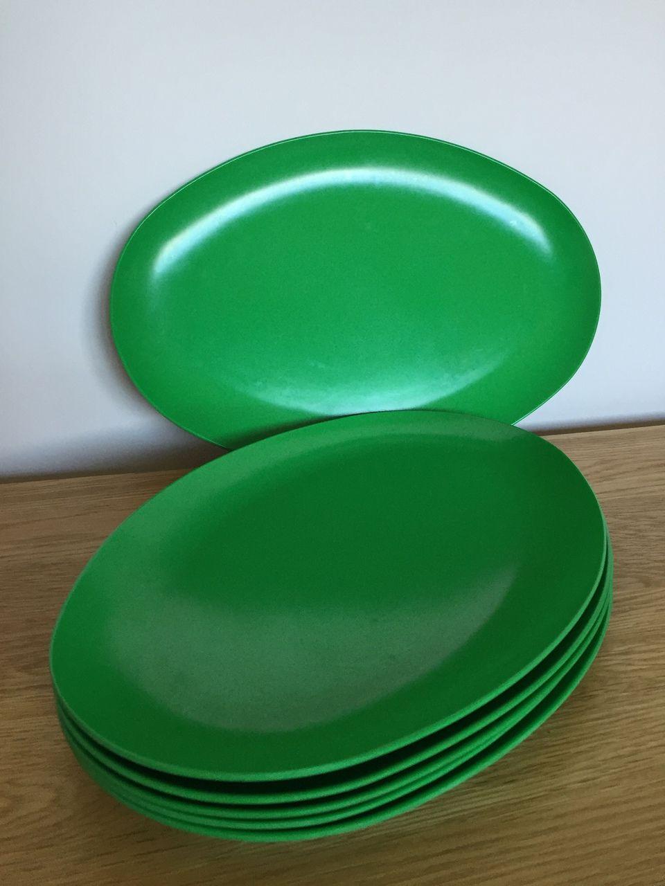 Emerald Green Retro Melamine Plates x 6 - As You Were & Emerald Green Retro Melamine Plates x 6 - As You Were | Melaware ...