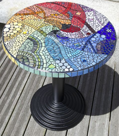 Table ronde mosaique | Mesa hierro patio | Table mosaique, Mosaique ...