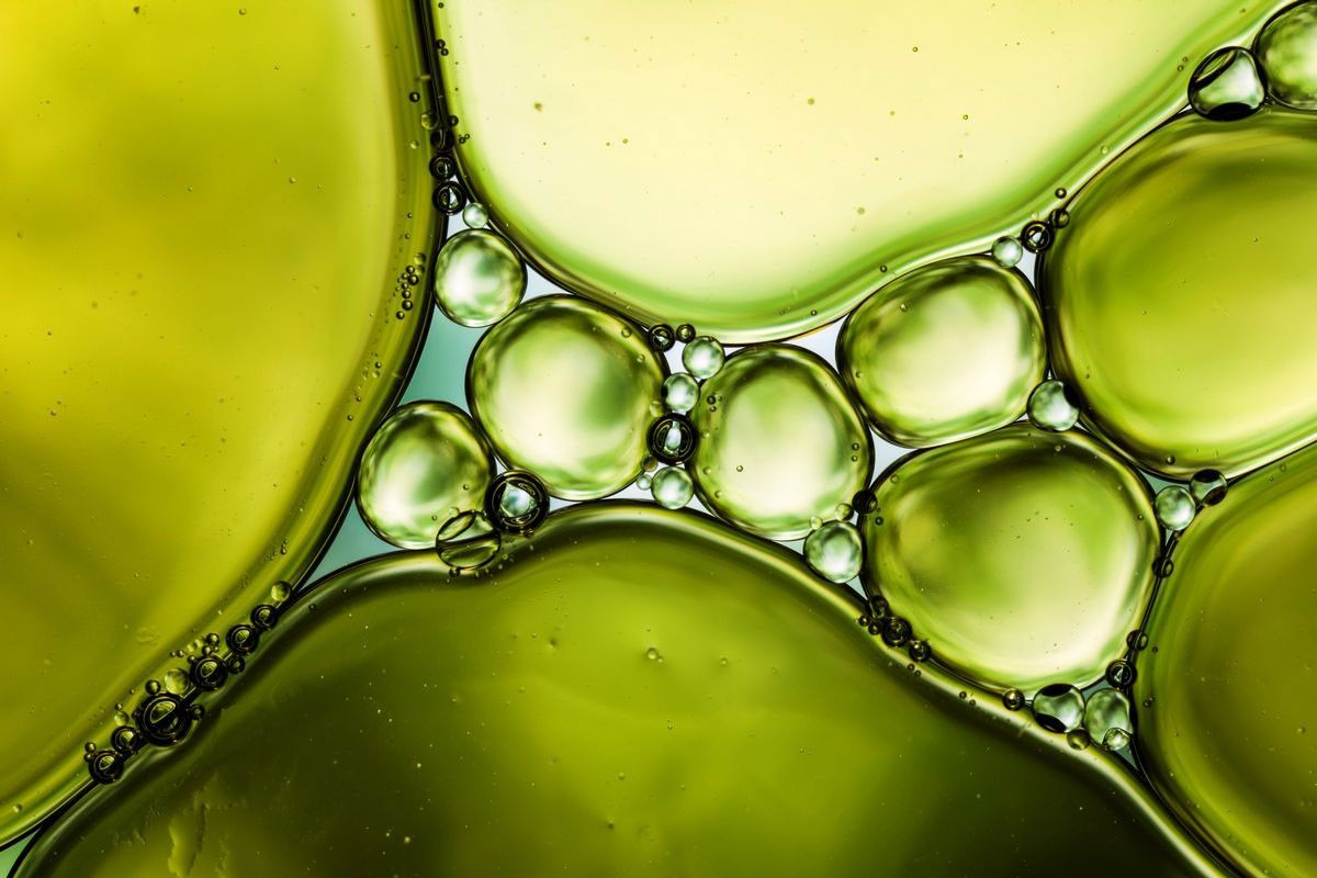 Bubbles - Verde en Masse Metal Canvas Wall Art - Multiple Sizes ...