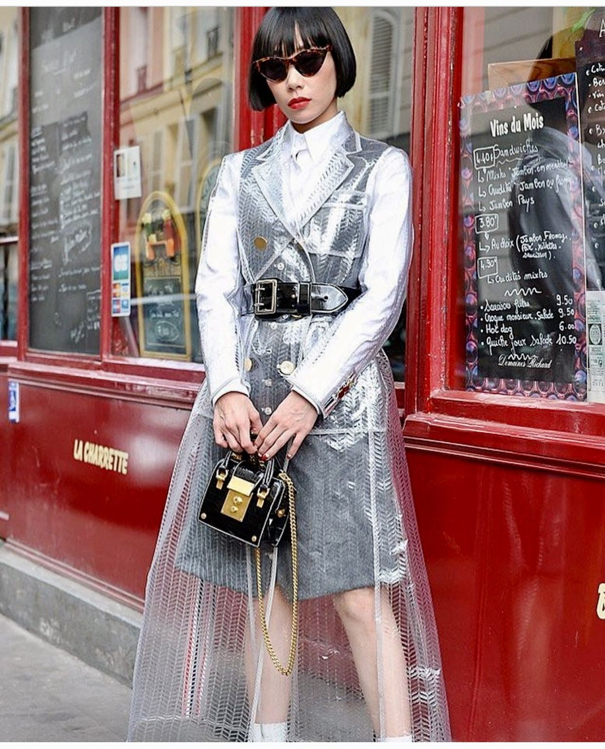 Pin By Lovebomb Inc On Transparency Tenue Plastique