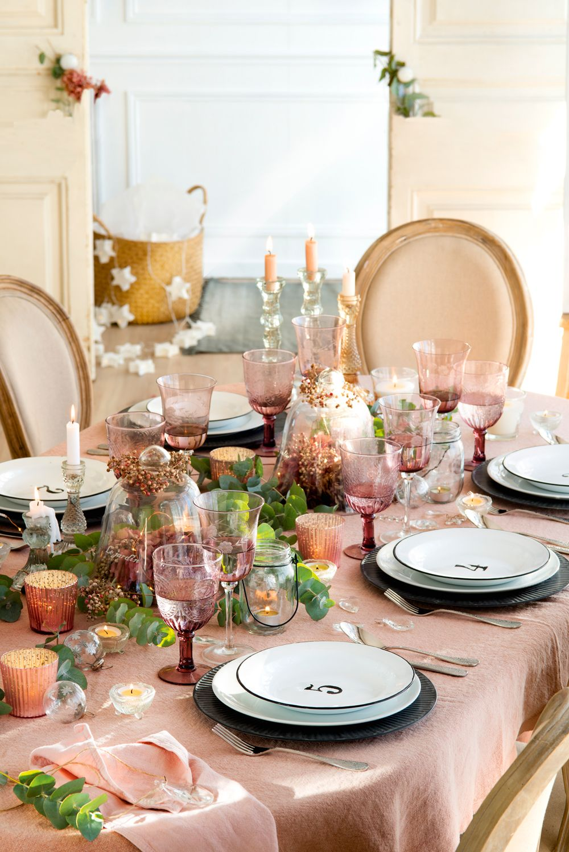 Mesas decoradas para celebrar la navidad mesas de for Mesas decoradas para navidad