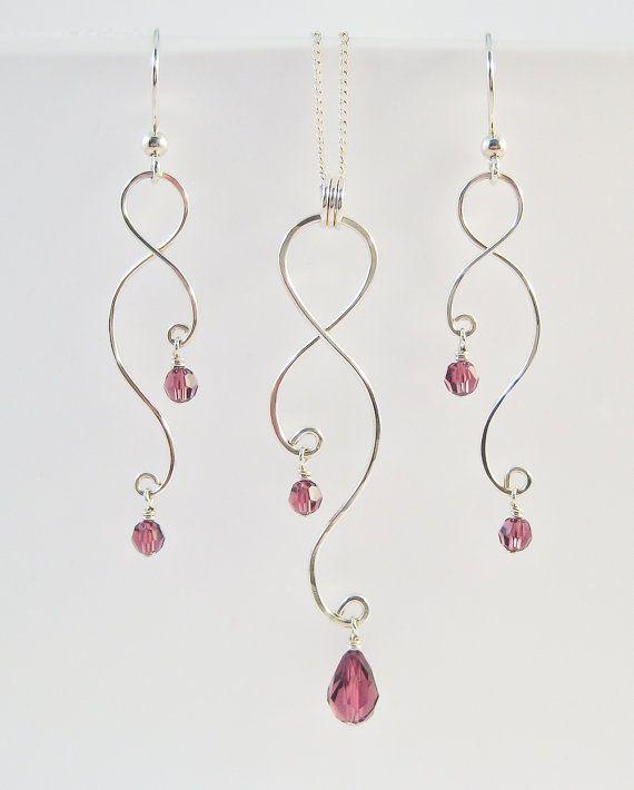 Artículos similares a aretes y collar de plata: alambre curvo y cristales o perlas en Etsy