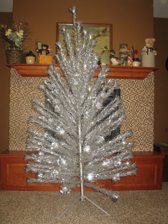 Huge 7 Ft Sparkler Pom Pom Aluminum Christmas Tree With Stand Etsy Aluminum Christmas Tree Retro Christmas Tree Sparklers