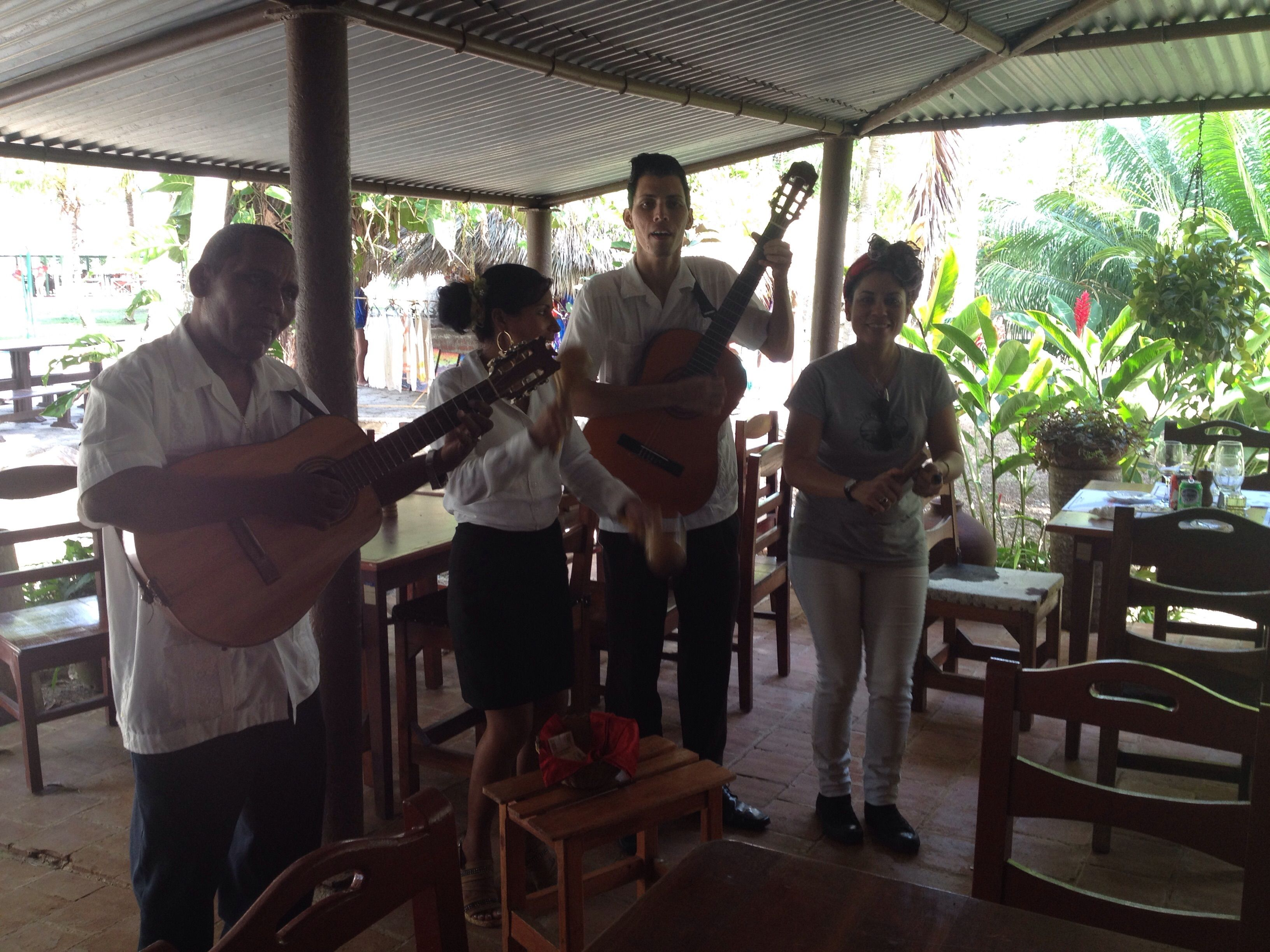 El Culay Restaurant with live music