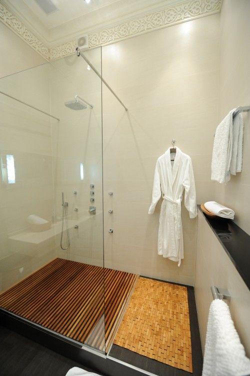 Love The Wood Grate Shower Floor Teak Shower Modern Bathroom Design Bathroom Design