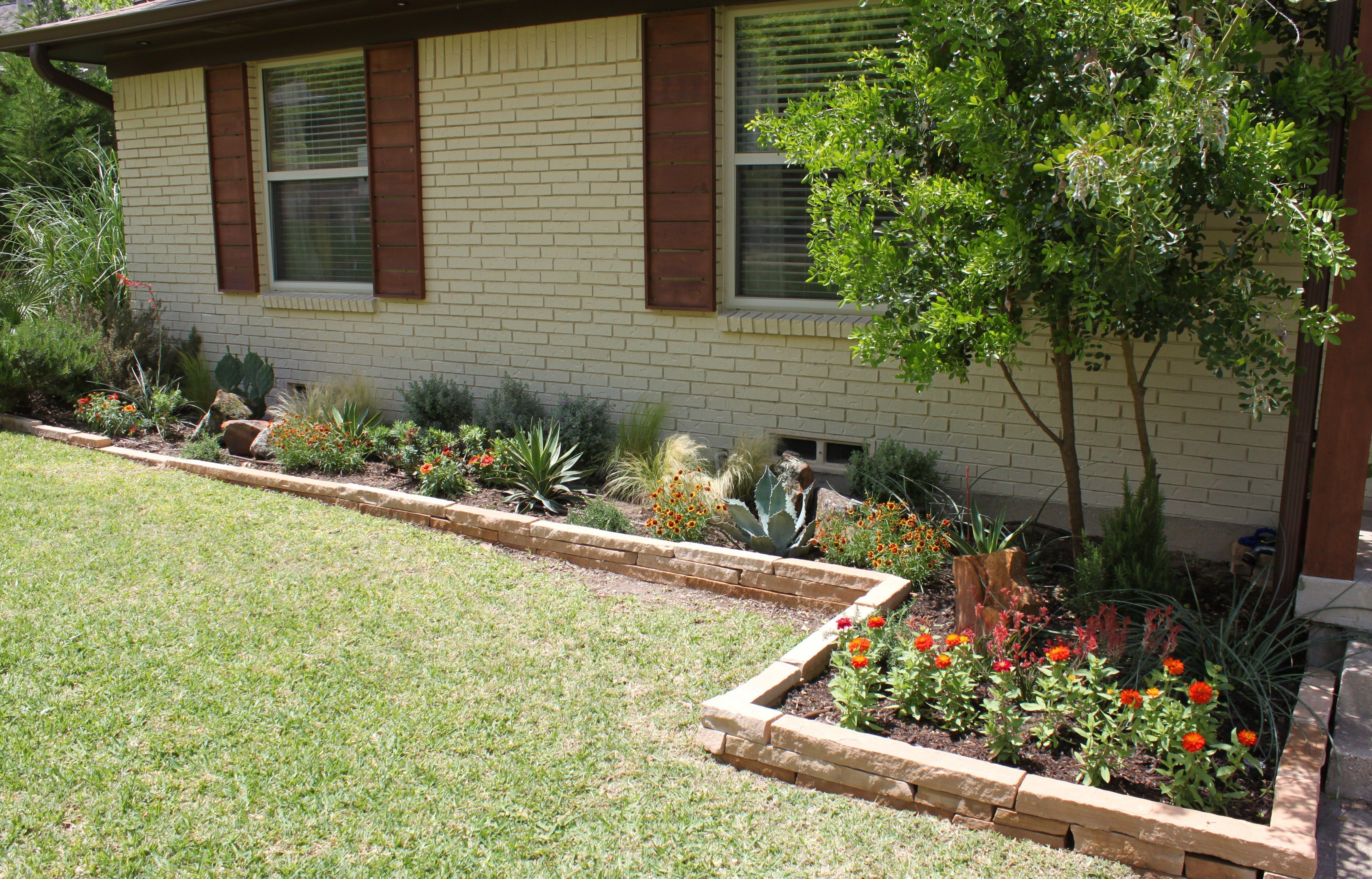Photo of Raised Garden Bed Ideas Front Of House. Feels free to follow us! #Bed #Descripti…