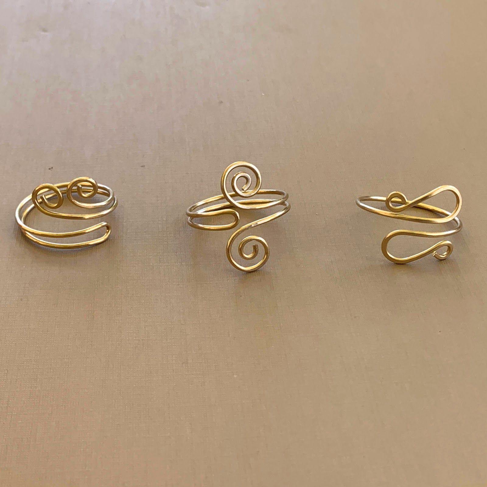 Single Curl Wave Wire Ring Instructions