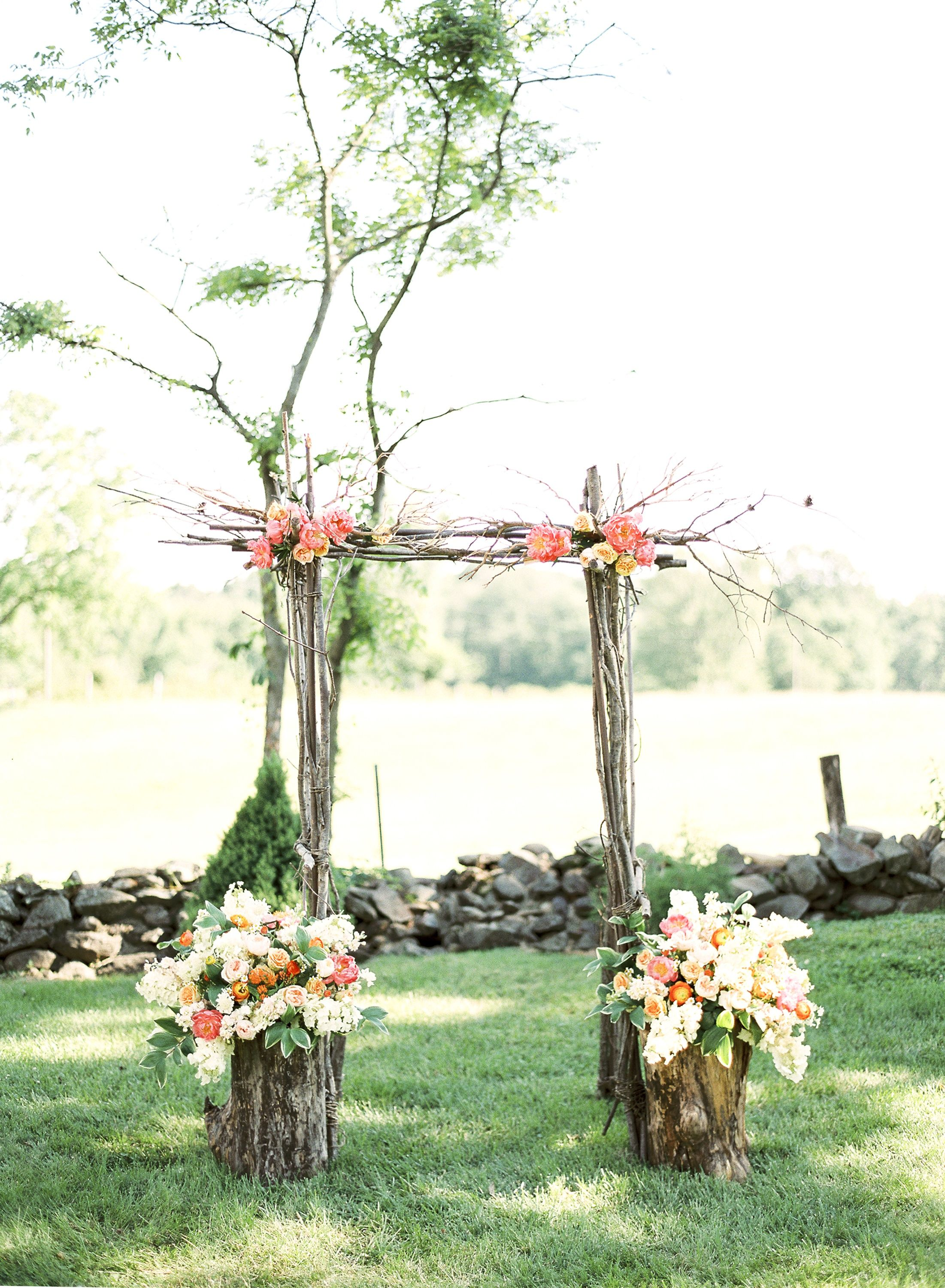 Branches tied at the corners and flowers on the corners this