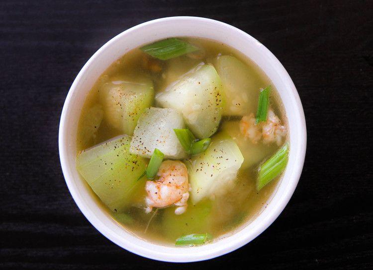 Winter Melon Soup with Shrimp (Canh Bi Dao Tom) — Vietnamese Home Cooking Recipes