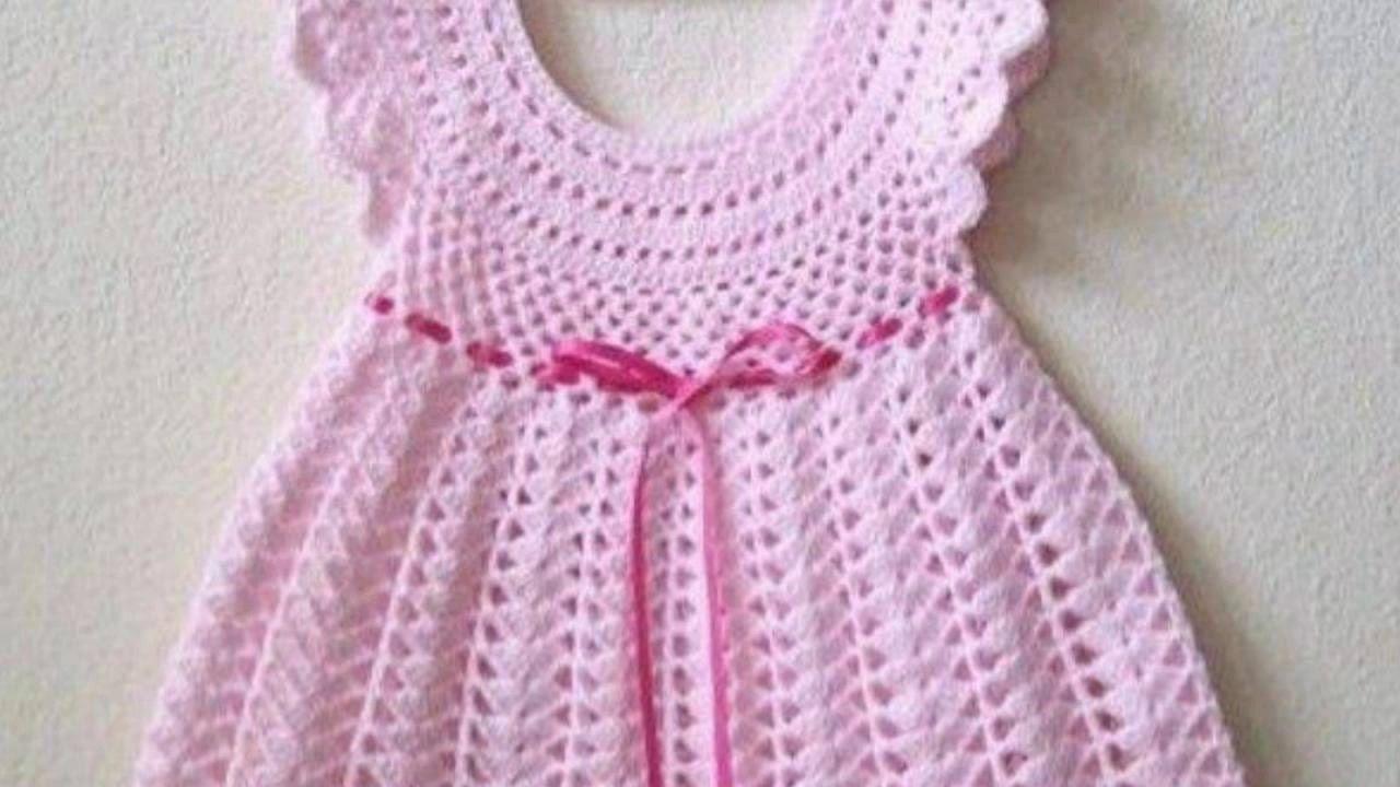 New Baby Frock Design   knitt and crochet for kids   Pinterest