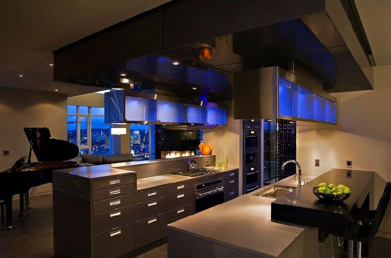 Penthouse Kitchen Ideas  Modern Design at Waterfront in Vancouver by