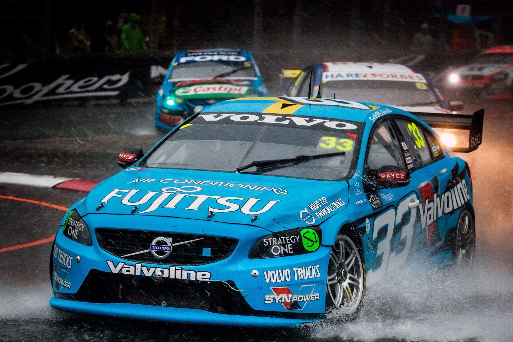 Wet Old Day In Sydney Super Cars V8 Supercars Australian V8 Supercars