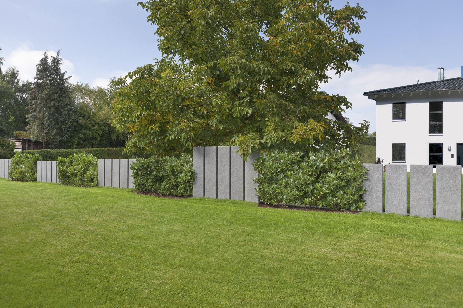 Stelen Als Moderne Mauer Und Sichtschutzlosung Im Wohlfuhlbereich