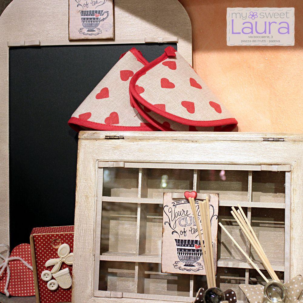 Lavagna decorata per la cucina ed scatola per spezie. Decorated kitchen chalkboard and spice box.