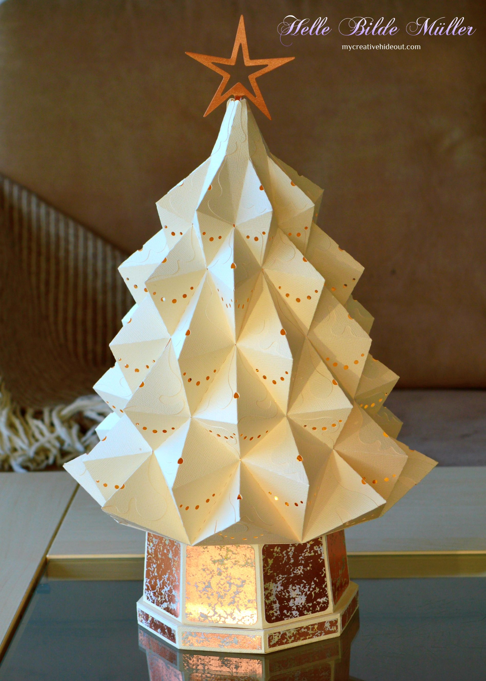 Heirloom Christmas Tree from svgcuts (con imágenes