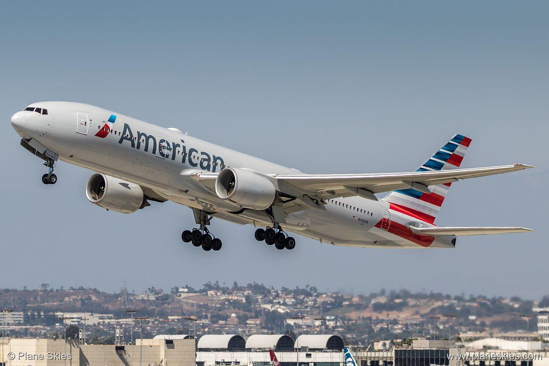 American Airlines Boeing 777 200er N765an At Los Angeles International Airport Klax Lax Pl American Airlines Boeing 777 Boeing