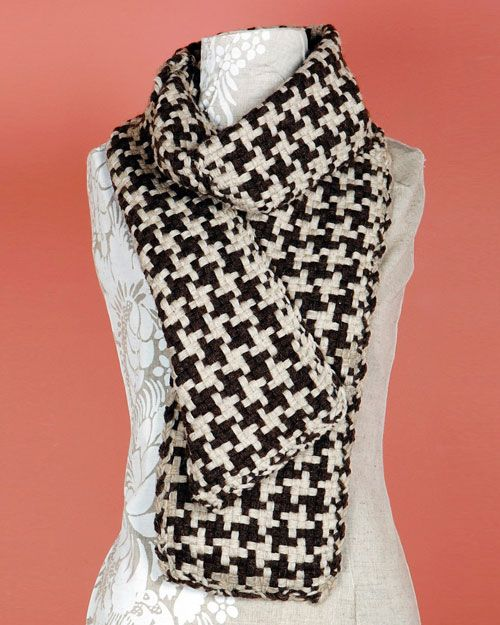 Knit Quick Long Loom Patterns : Lion Brand Fishermens Wool Loom-Woven Houndstooth Scarf Wool, Houndsto...