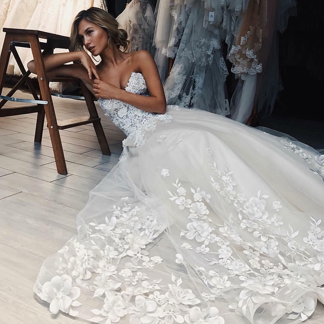 Sposa Moda 2018 wedding dresses – The Royal Collection