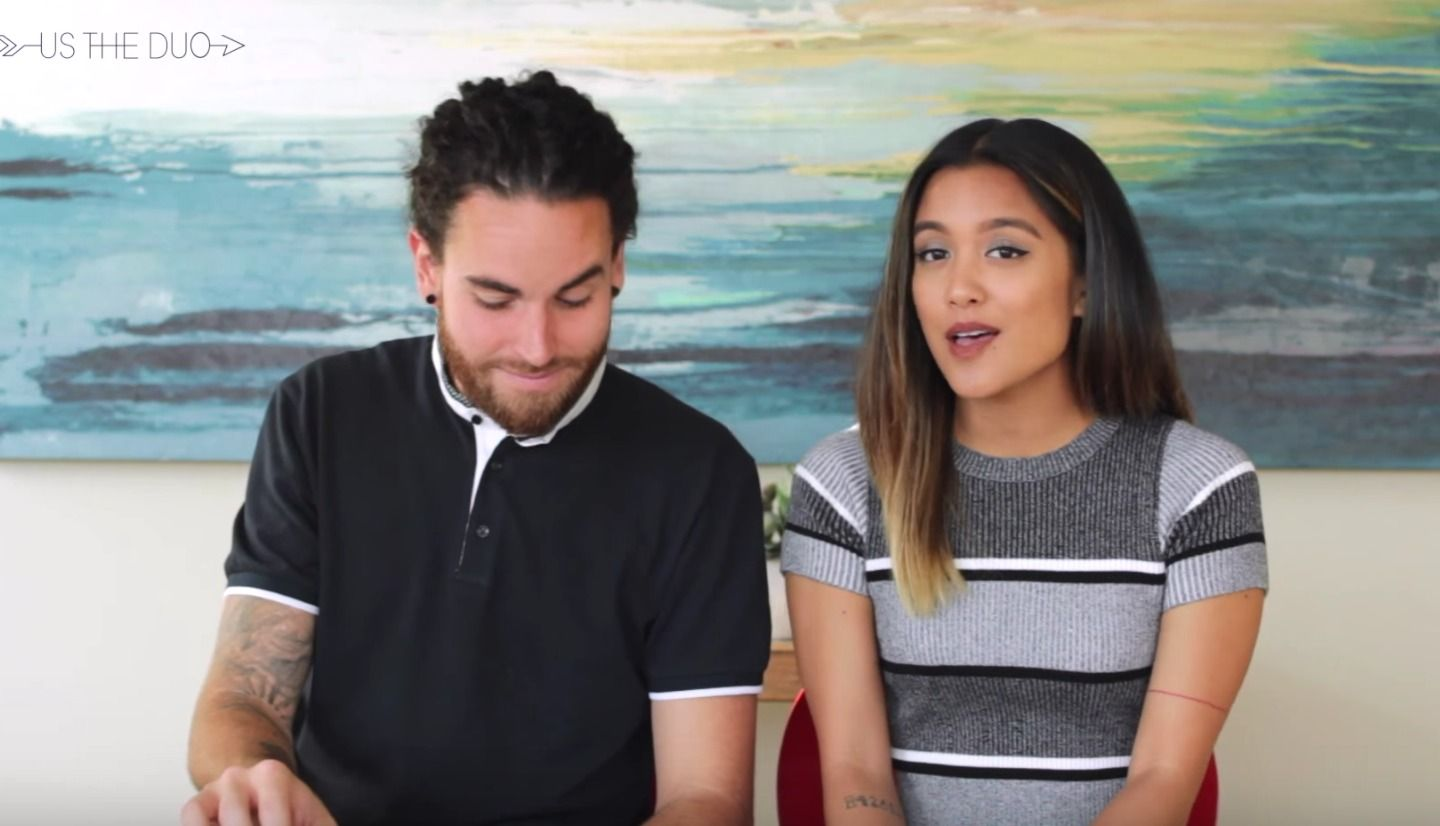 This Couple Sing ALL The Hits Of 2015 In 3.5 Minutes… And It's Flawless. - http://www.lifebuzz.com/ustheduo/