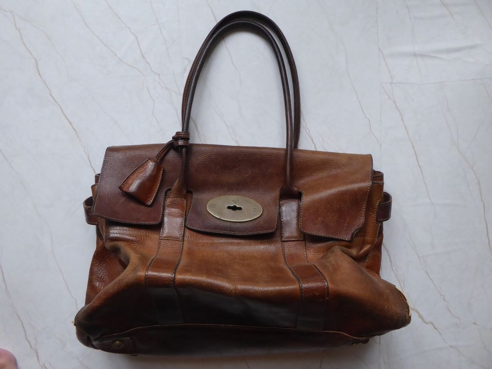 It is the Bayswater model. Majority are preloved but they