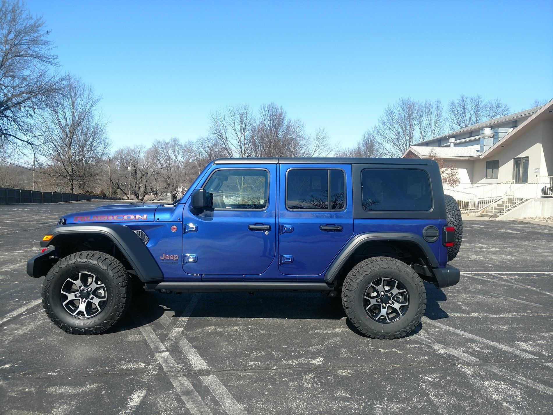 Bwwezvbcl furthermore Fortworth Tx further Af F Dfe Ec Ca C D also Helena Mt Back moreover Jeep. on jeep wrangler rubicon unlimited lj sahara edition