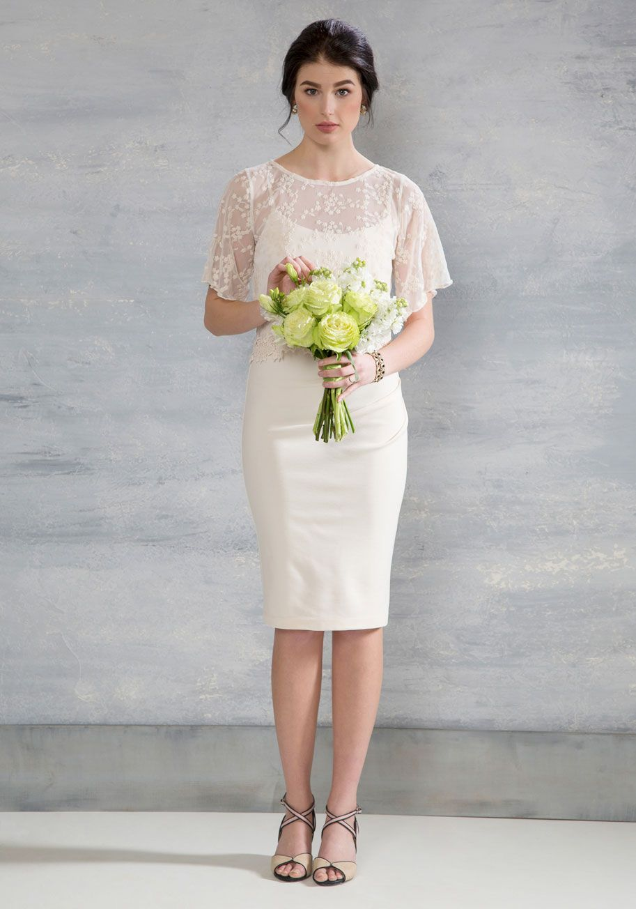 The dress and beyond - 6 Wedding Dresses For Under 300