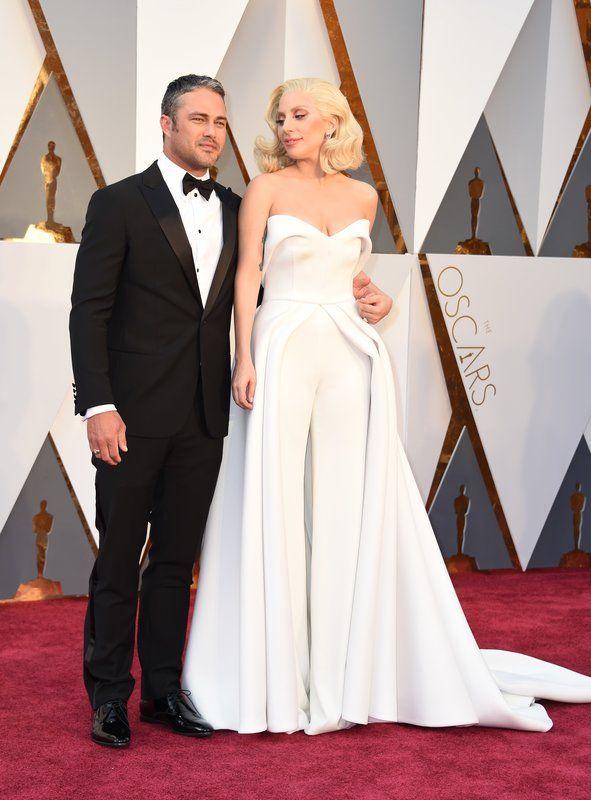 A Bunch Of Famous People Didn't Clap When Jenny Beavan Won Her Oscar