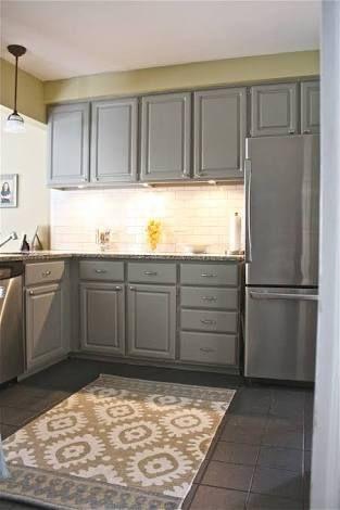 Ikea Bodbyn Kitchen Grey Google Search Mit Bildern Gelbe Kuche Graue Schranke Graue Kuchenschranke