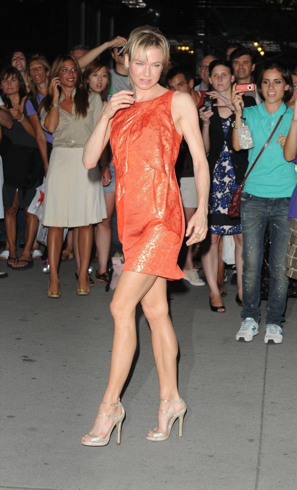 Renee Zellweger Fake Nude Beautiful renee zellweger fantastic legs | renee zellweger | pinterest