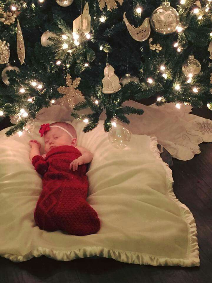 Oh My Ovaries Christmas Baby Pictures Baby Christmas Photos Baby Photoshoot Girl
