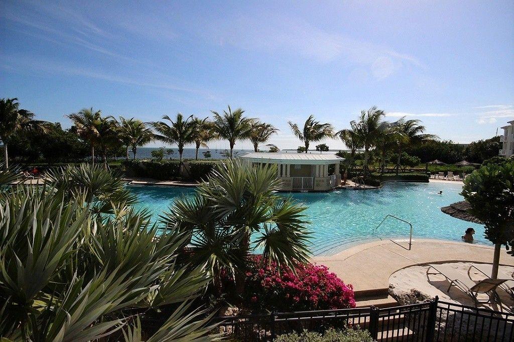 Spectacular Lagoon Pool And Oceanview 407 Mariners Club Key Largo Rock Harbor Lagoon Pool Florida Vacation Vacation Rental