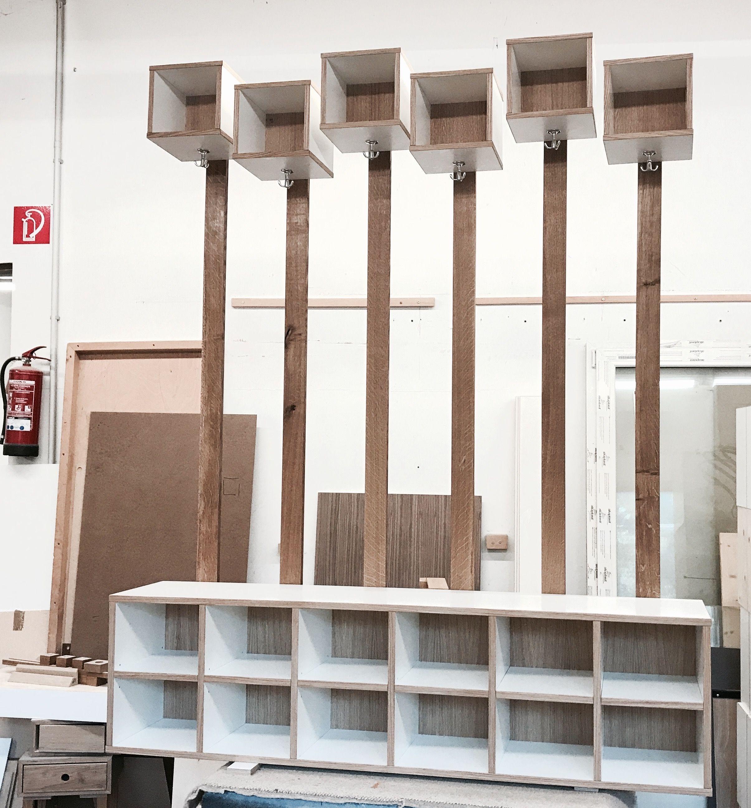 Wundervoll Garderobe Bank Galerie Von Eine Schuhbank Mit Garderobe, 3 Möbel In